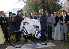 081105-replika-bicikla2-m