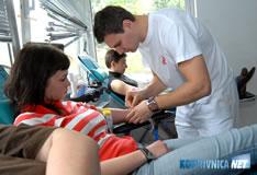 090421-davatelji-krvi-m