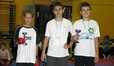 091014-karate-medalje-m