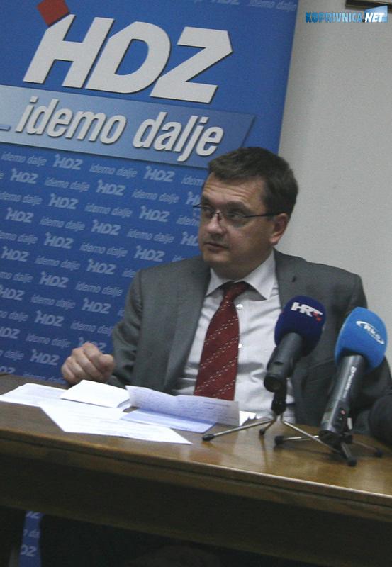 Damir Felak: Koprivnički HDZ i dalje stoji uz Polančeca. Snimio: Marijan Sušenj