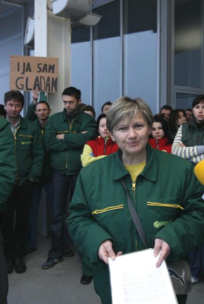 Snježana Đurašević, sindikalna povjerenica u Pevecovom prodajnom centru u Koprivnici. Snimio: Marijan Sušenj