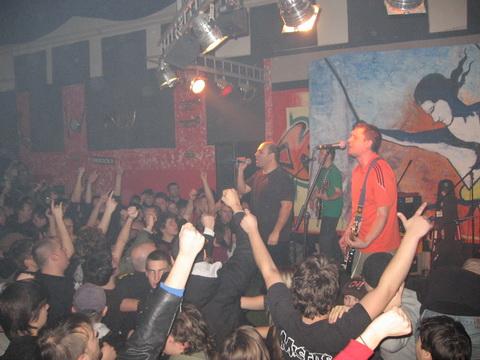 Legendarni pulski punk bend rasturio KKK  Snimio: Matej Perkov