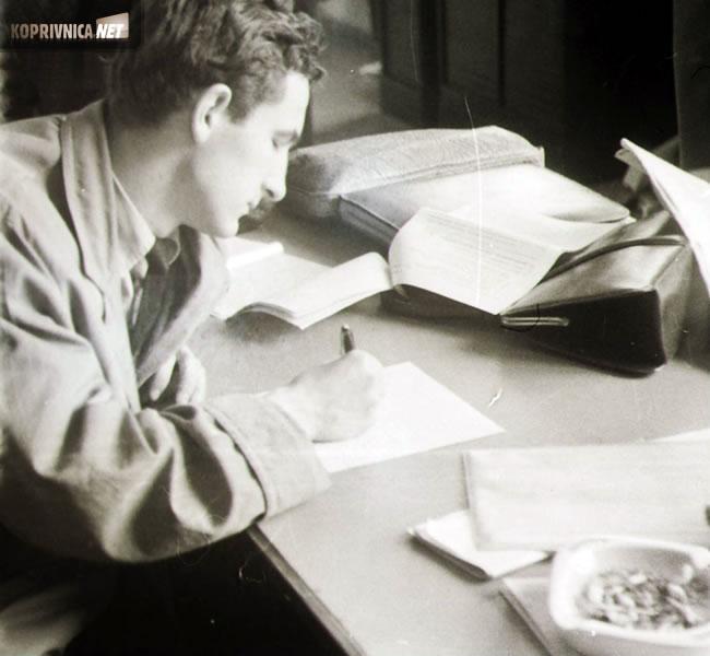 Vaš  autor u redakciji Vjesnika 1962. u vrijeme ''pristupanja'' Dinamu
