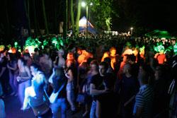 100624-party-m