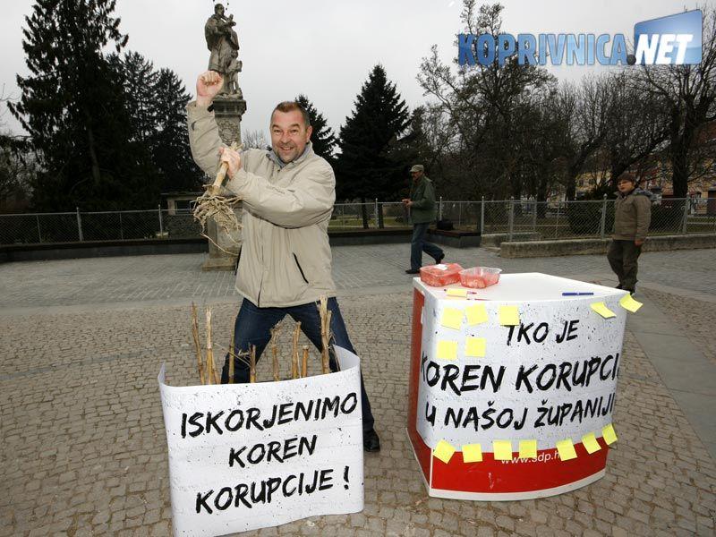 """Ledinski u """"akciji"""" // foto: Ivan Brkić"""