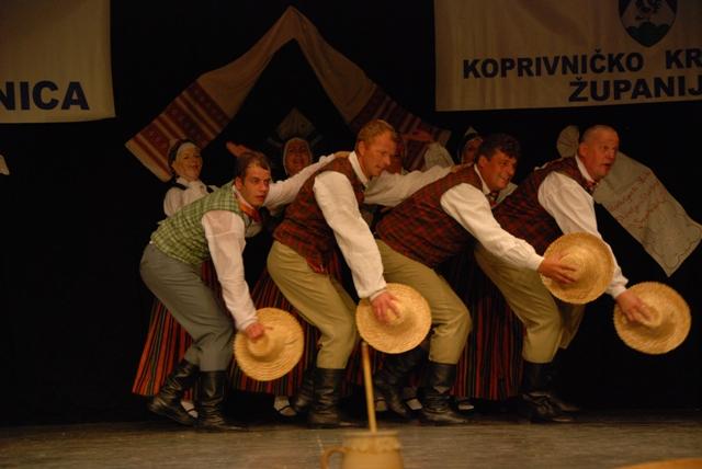 Nastup Latvijaca
