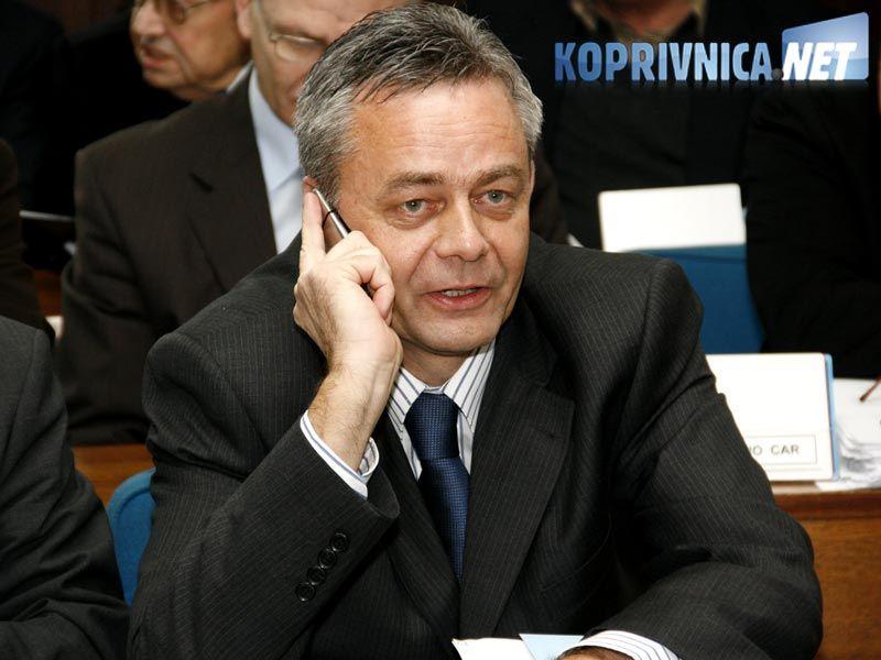 Župan Koren zadnji je put pozvao javnost, medije i sve ostale da se uključe u ovaj problem i da se napravi određeni pritisak na ljude koji gledaju samo na osobne interese // foto: Ivan Brkić