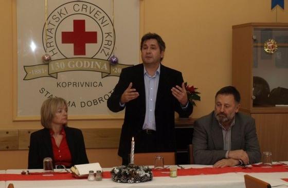 Pros je okupljenima poželio puno zdravlja / Foto: koprivnica.hr