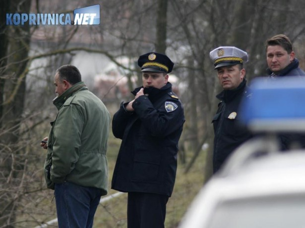 U jutarnjim satima u nedjelju u mjestu Rakitnica pronađeno je mrtvo tijelo  63-godišnjeg muškarca. Uzrok smrti najvjerojatnije je smrzavanje. 30e7ca7267