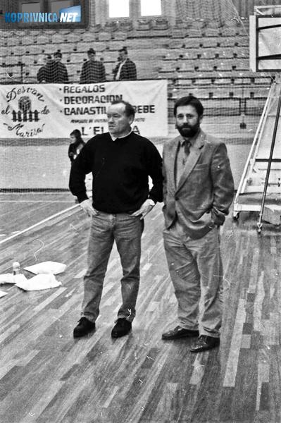 Josip Nakić Alfirević i klupski liječnik Dražen Sačer u dvorani u La Eliani, dvanaestak kilometara od Valencije