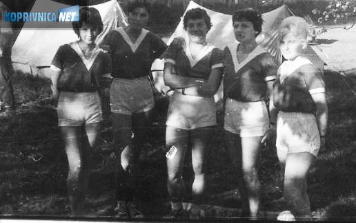 S lijeva: Zvonka Šestak (Sabol) Zvona, Biserka Tomašek Biba, Anđelka Belec (Mioč), Ana Čižmešija (Samaržija) Crna i Mirjana Šestak