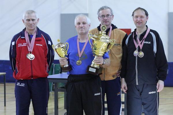 Najuspješniji natjecatelji s odličjima i trofejima // Foto: Stolni tenis Koprivnica