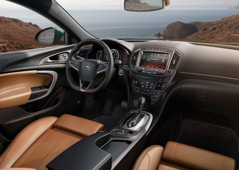 Opel Insignia (2014) - interijer