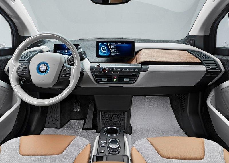 BMW i3 (2014) interijer