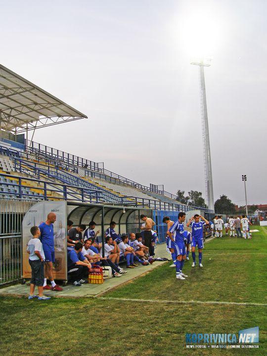 Rasvjeta na stadionu 22. svibnja 2007.