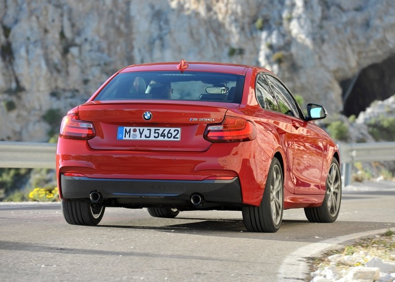 BMW M235i Coupe (2014)