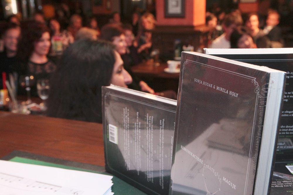 Predstavljena knjiga