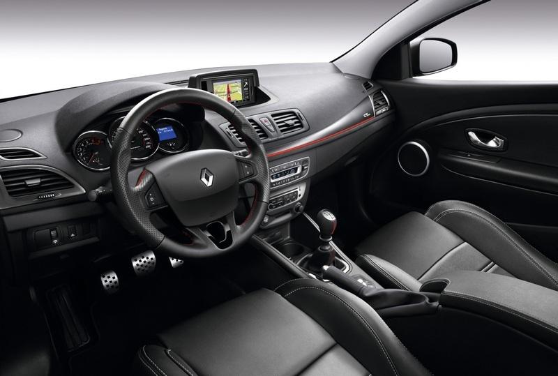 Renault Megane CC (2014) interijer