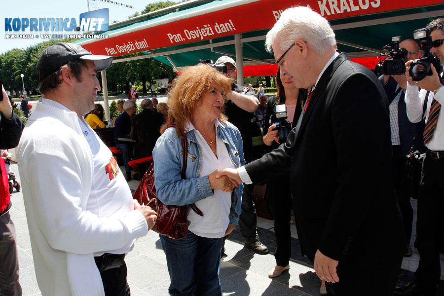Predsjednik Josipović se susreo s građanima // Foto: Koprivnica.net