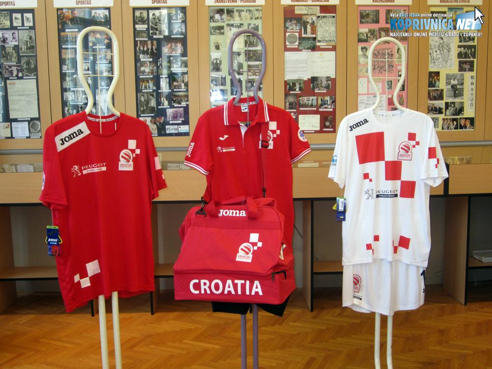Nova oprema hrvatske mininogometne reprezentacije // Foto: Koprivnica.net