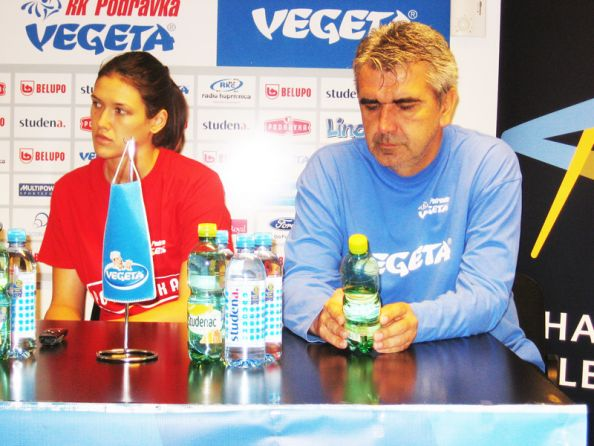 Kristina Elez i Goran Mrđen na konferenciji za novinare // Foto: RK Podravka - Ivo Čičin-Mašansker