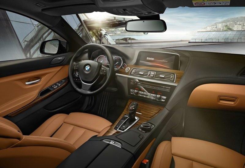 BMW M6 (2015) interijer