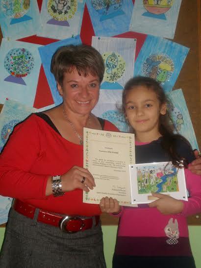 Učiteljica i mentorica Dragica Ljubić i Ella Vrabelj
