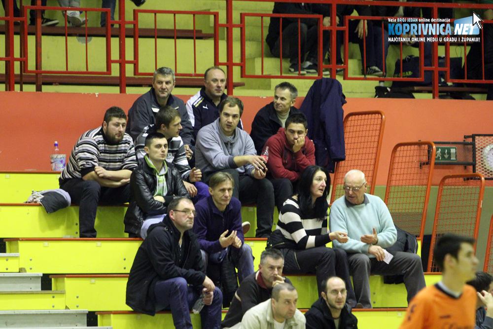 Ljubitelji malog nogometa sa zanimanjem su pratili oglede na parketu Sportske dvorane Srednje škole Koprivnica // Foto: Koprivnica.net