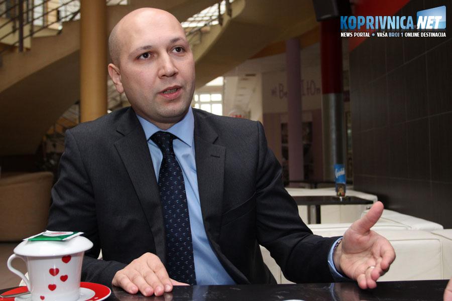 Uštede mogu biti od 40 do 60 posto na troškovima režija, ističe ministar Zmajlović