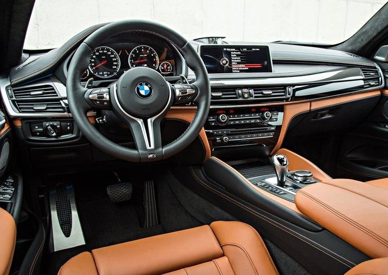 BMW X6 M interijer