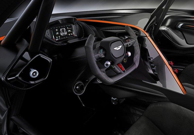 Aston Martin Vulcan 2016 interijer
