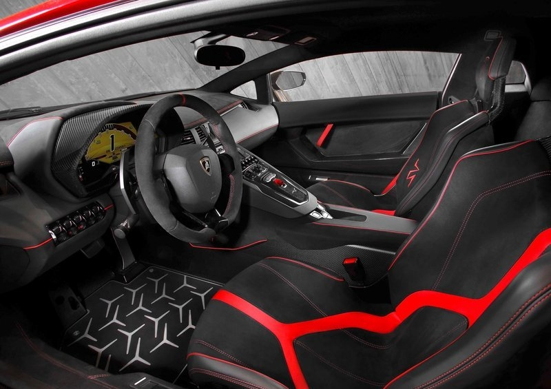Lamborghini Aventador LP750-4 SV (2016) interijer