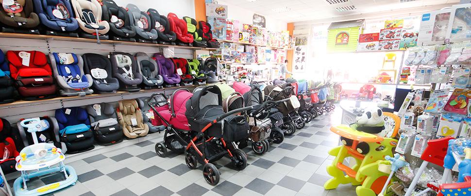 Baby centar proširio asortiman // Opremite dječje igralište toboganima i ljuljačkama