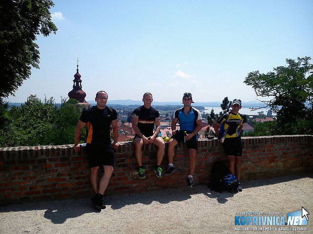 Odmor ekipe u Ptuju na putu za Maribor // foto: privatna arhiva