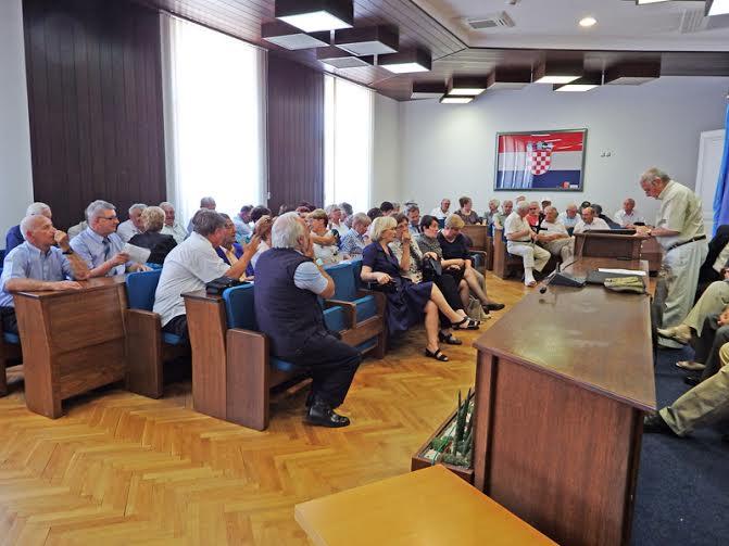 Knjiga je predstavljena u koprivničkoj Gradskoj vijećnici // Foto: Ivo Čičin-Mašansker