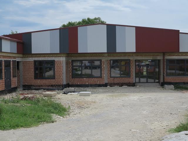 U prvoj fazi radova, koja je započela prošle godine, škola je stavljena 'pod krov' // kckzz.hr