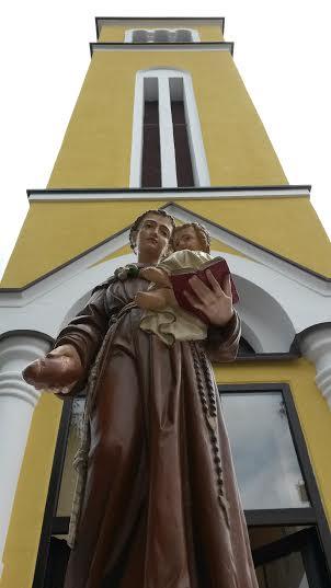 Obnovljeni zvonik i kip svetog Antuna // Župa Imbriovec