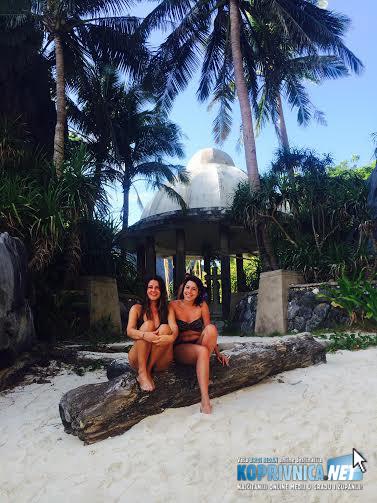 Romana s prijateljicom Sanjom na Filipinima