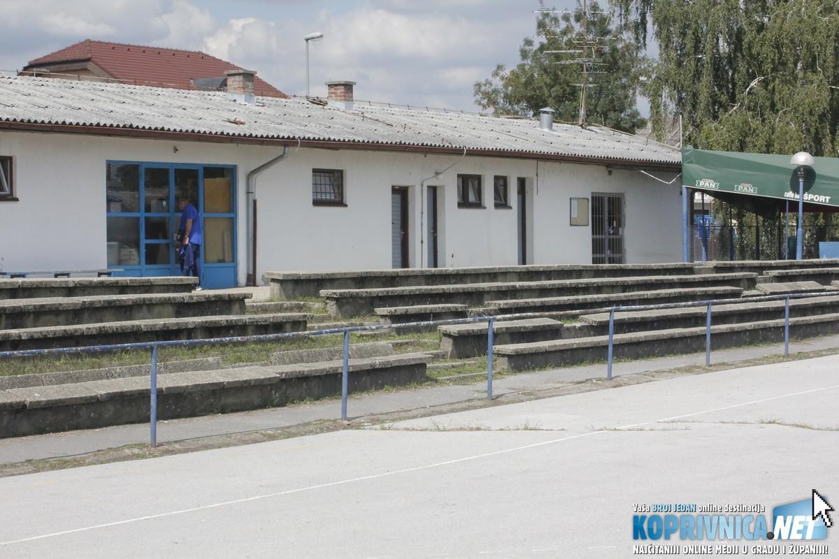 Objekt starih svlačionica je u funkciji, a za prostor ugostiteljskog objekta traži se novi zakupac prostora // Foto: Zvonimir Markač