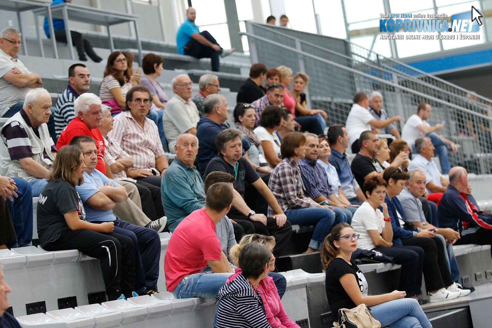 Utakmicu je došla pogledati i predsjednica Nadzornog odbora RK Podravke Olivija Jakupec // Foto: Mario Kos
