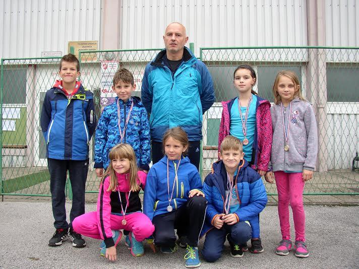 Mladi koprivnički atletičari u Varaždinu // Foto: AK Koprivnica