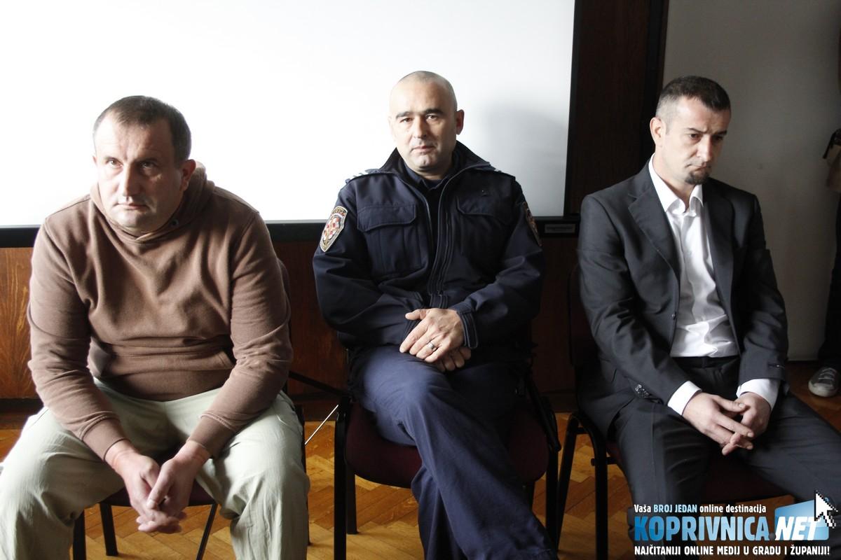 Optuženog Nikolu Laboša i žrtvu napada Hrvoja Brunca razdvajao je pravosudni policajac // Foto: Zvonimir Markač