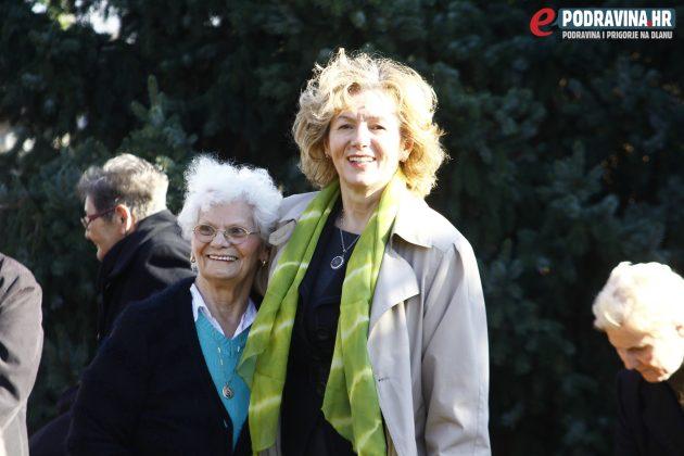 Ravnateljica koprivničkog Doma za starije i nemoćne osobe (desno) // Foto: Zvonimir Markač