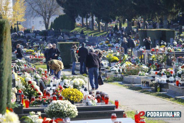 Koprivničko gradsko groblje // foto: Mario Kos