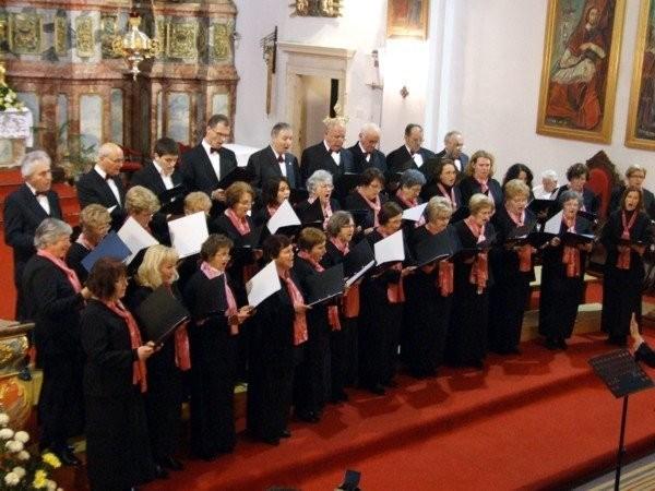 Koprivnički pjevači na jednom od Festivala sv. Cecilije // Foto: Arhiva Varaždinska biskupija