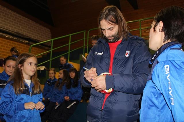 Mladi sportaši skupljali su autograme // Foto: Djurdjevac.hr