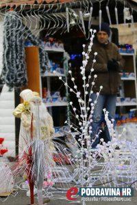 Ivica Jakopčin već 10 godina prodaje na sajmu // Foto: Mario Kos