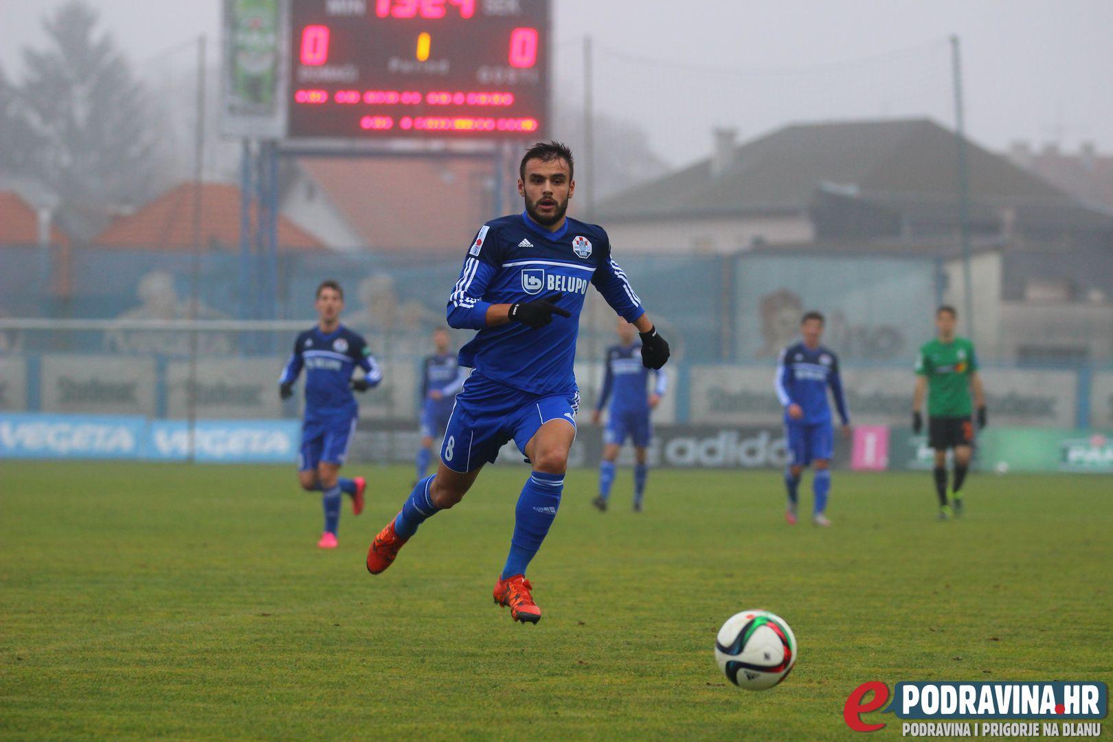 Ejupi runs after the ball
