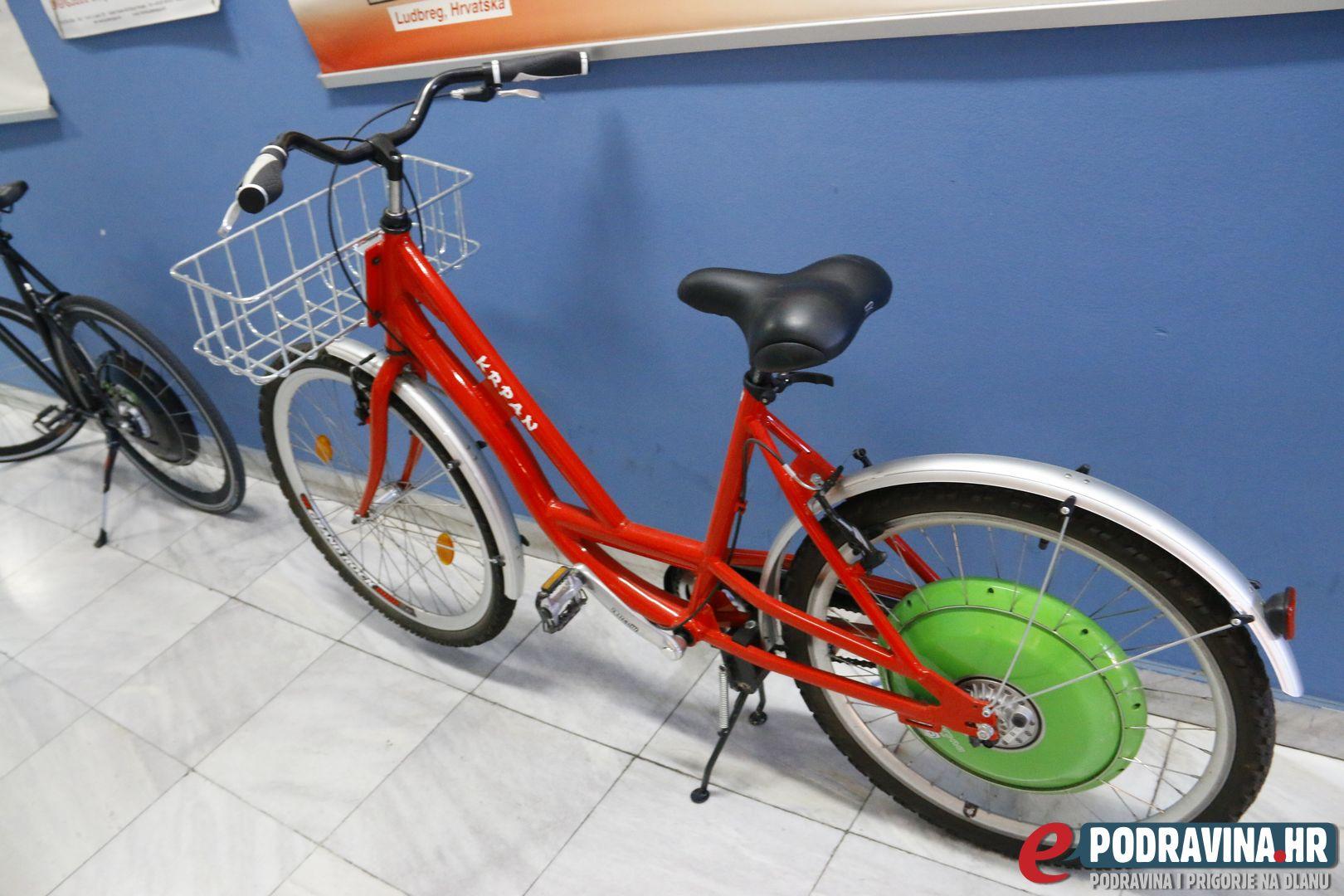 Električni bicikl // Foto: Matija Gudlin