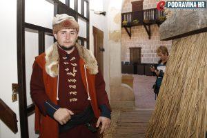U obnovljenoj utvrdi Stari grad vladalo je posebno ozračje  // Foto: Matija Gudlin